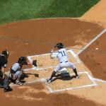 Nr. 11 - Brett Gardner von den Yankees schlägt gegen die Cleveland Indians