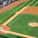 Nr. 24 Michael Bourn von den Cleveland Indians gegen Pitcher CC Sabathia - Nr. 52 von den New York Yankees