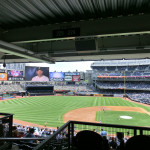 New York Yankees Stadium: Baseballfeld vom Main Level (2. Ebene) betrachtet