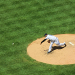 CC Sabathia von den New York Yankees - wirft beim Baseball-Spiel gegen die Cleveland Indians