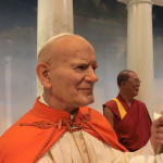 Papst Johannes Paul II. und der Dalai Lama bei Madame Tussauds NY