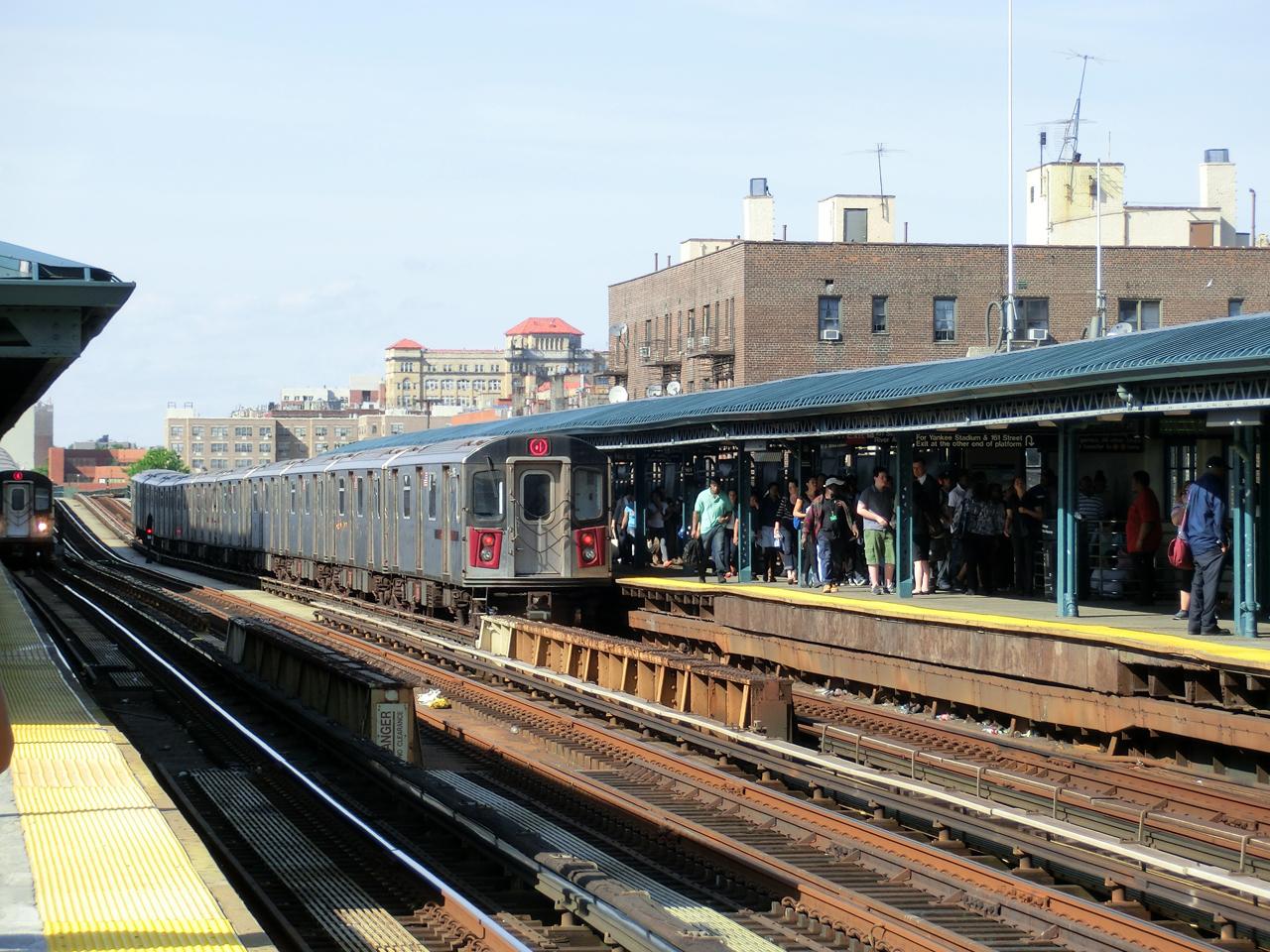 "subway-station ""161 street - yankees-stadium"""