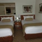 Zimmer mit zwei Doppelbetten