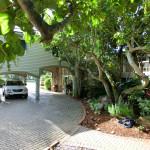 Rezeption mit Auto-Stellplätzen - Best Western Naples Inn & Suites