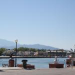 Blick über die Hafenpromenade