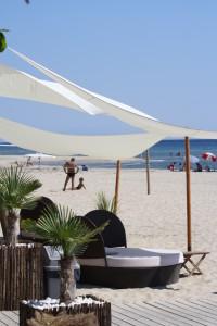 sonnensegel sandstrand keramoti reisetipps weltweit. Black Bedroom Furniture Sets. Home Design Ideas