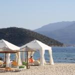 Strand von Keramoti – im Hintergrund die Inseln Thasopoula und Thassos