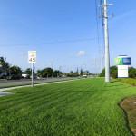 US Highway 1 in marathon - Werbeschild Holiday Inn Express & Suites
