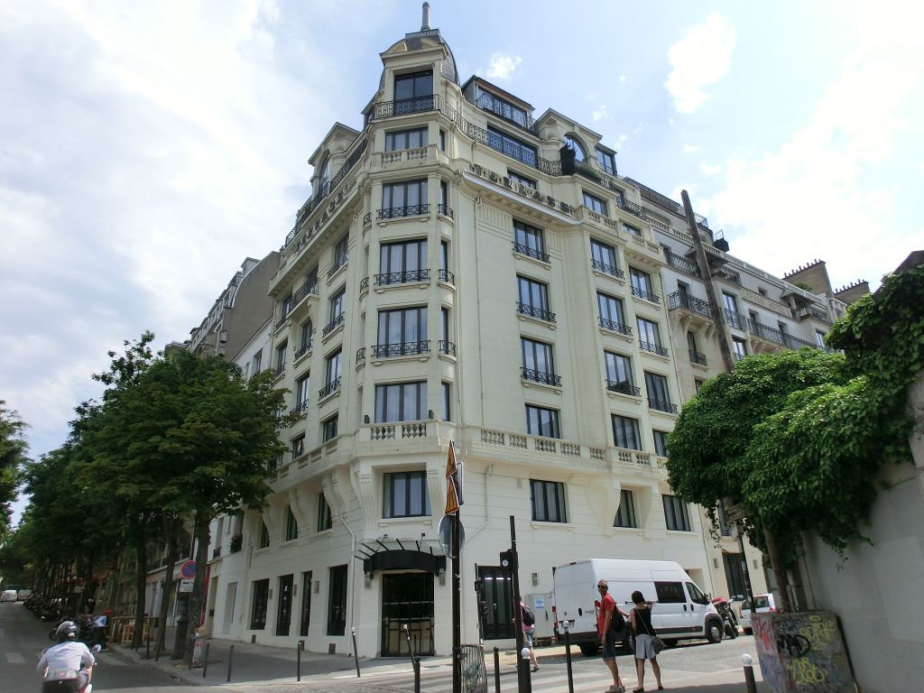 hotel tipp paris terrass hotel am montmartre. Black Bedroom Furniture Sets. Home Design Ideas